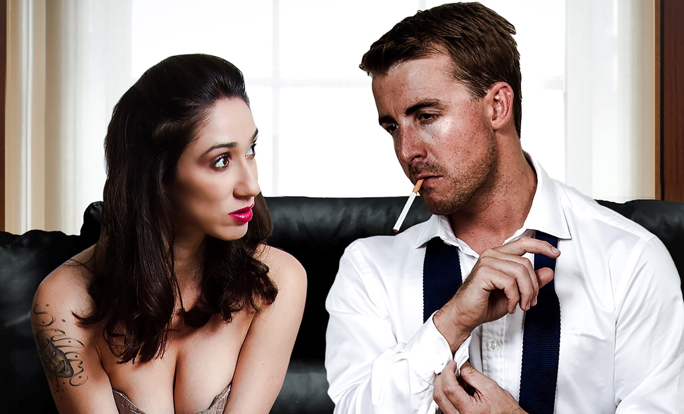 Señales que indican que los celos de tu pareja son peligrosos