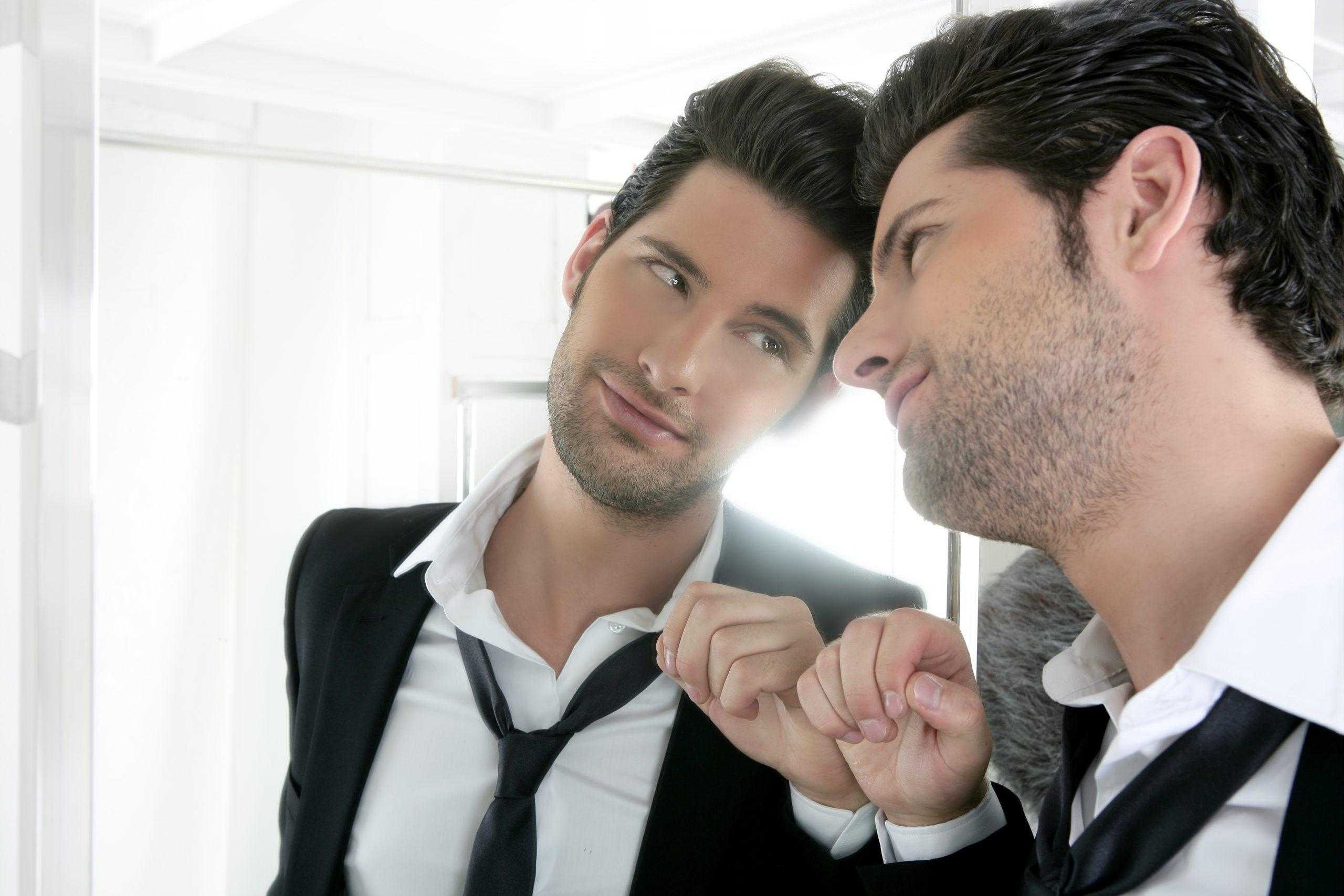 Estoy saliendo con un narcisista: cinco señales para saberlo
